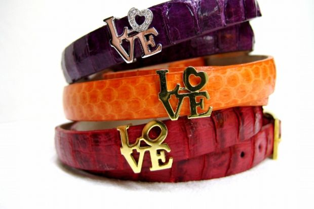 En içten Sevgililer Günü dileklerinizi özel bir hediyeyle ulaştırın!