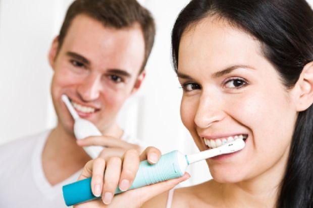 3 kişiden biri diş fırçalamıyor!