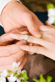 Evlenme teklifi alacağınızın 7 işareti