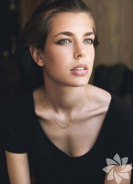 <p>Charlotte Casiraghi</p>