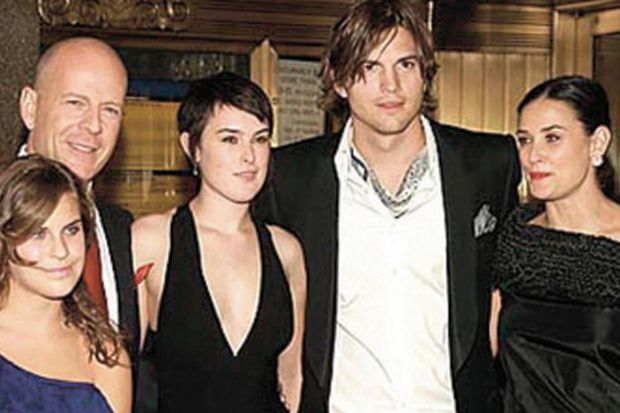 Demi Moore'un ailesi Ashton'a savaş ilan etti