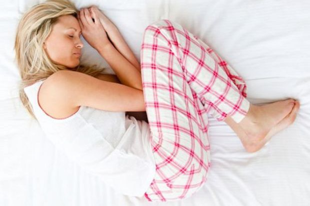 Yatakta dönmek kemiklerin kırılma nedeni olabilir