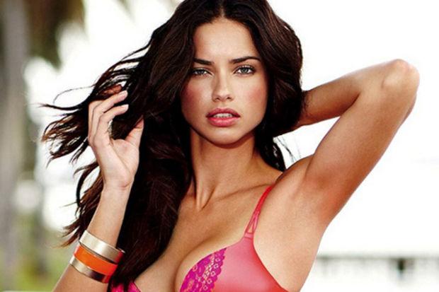Victoria's Secret yeni koleksiyonlarıyla çok daha seksi