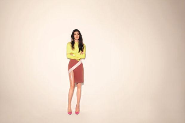 """Dizilerin """"güzel ve şık kadın"""" karakterlerini giydiren Ece Salıcı'nın 2012 İlkbahar / Yaz Koleksiyonu"""