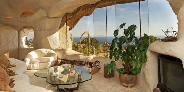 Malibu'da taş devrini yaşatan ev