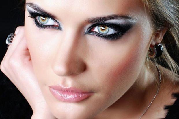 Göz makyajının püf noktaları