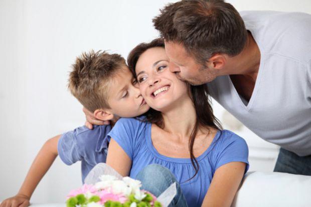 """İlk """"Anneler Günü"""" kutlaması..."""