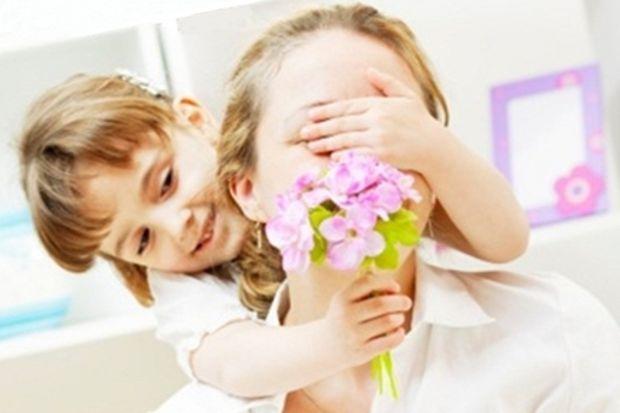 Hayatın hızına yetişmek isteyen annelere hem rahat hem havalı bir hediye