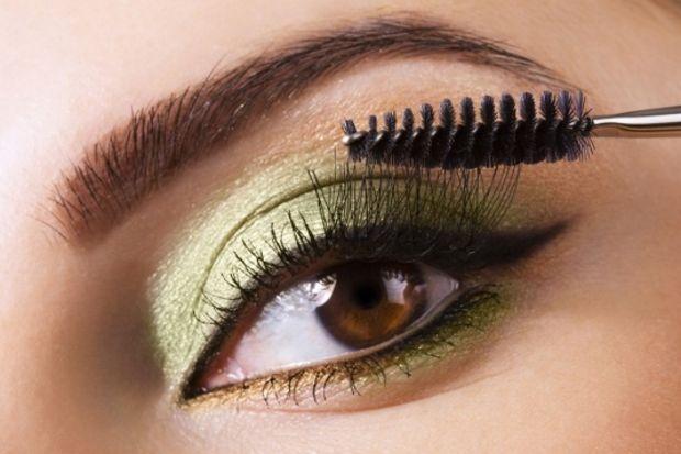 Kahverengi gözler için makyaj teknikleri