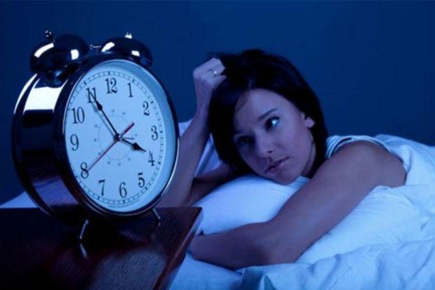 Az uyku Alzheimer'ı tetikliyor