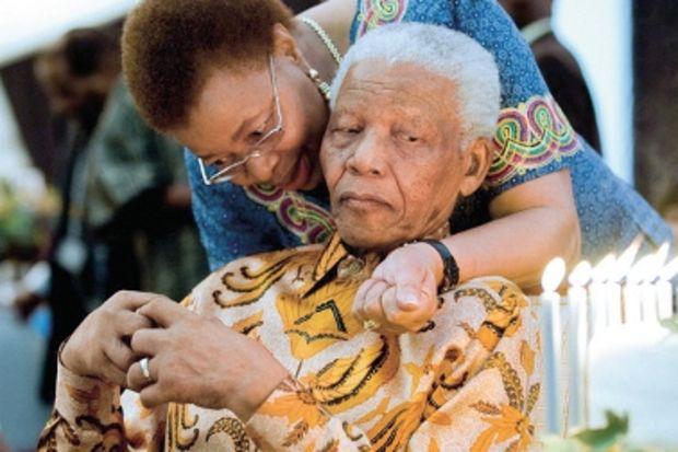 Nelson Mandela: 'Kazanmak, her düştüğünde kalkabilmektir'