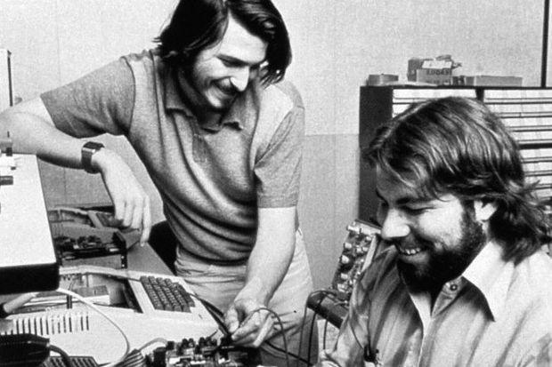 Jobs'un ilk bilgisayarı 180 bin dolara satılıyor