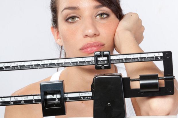 Obezite eklemlerin de düşmanı: Fazladan her 1 kilo eklemlere 4 kilo yük oluyor