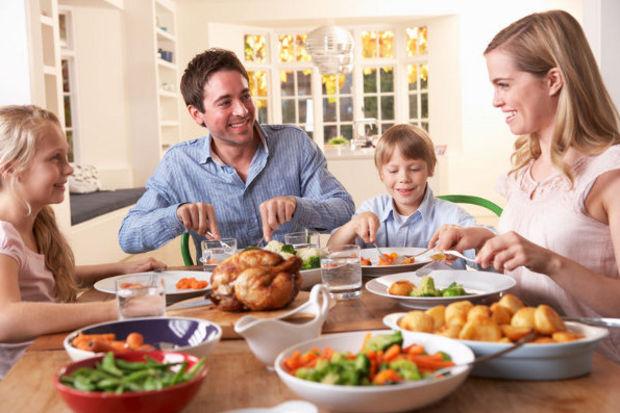 Bu yiyecekleri çocuklara yedirmemeli