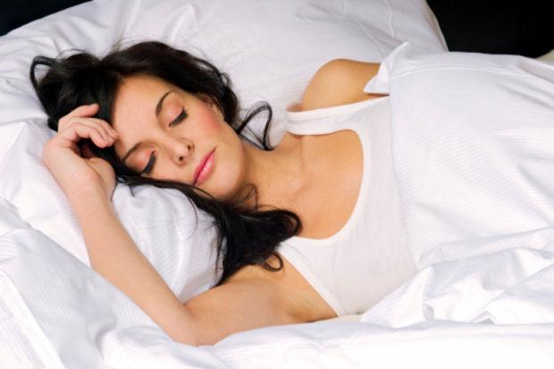 Düzenli uyku ile yaşlılığın önüne geçin!