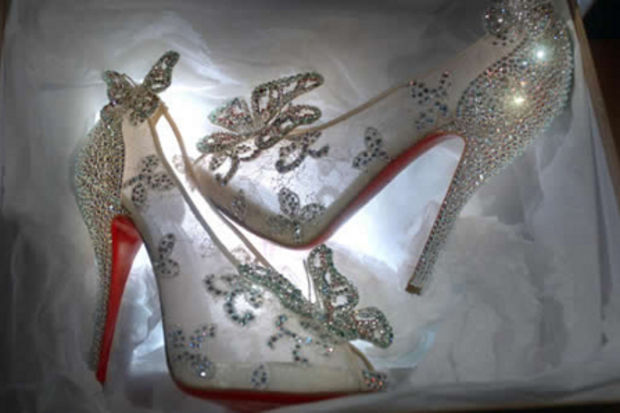 Louboutin, Sindirella ayakkabısı görücüye çıktı!