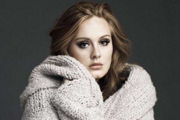 Adele iki ay içinde doğuracak!