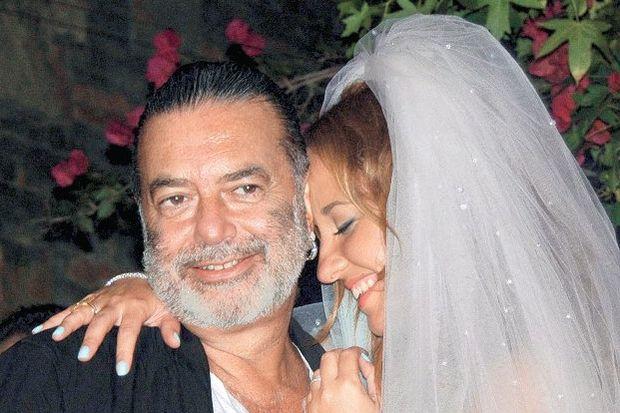 'Ali-Ayşe boşanınca evde düğün yaptık'