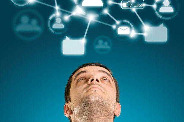 Facebook ve Twitter, kaygı ve uykusuzluk nedeniyle davranış bozukluğu yapıyor mu?
