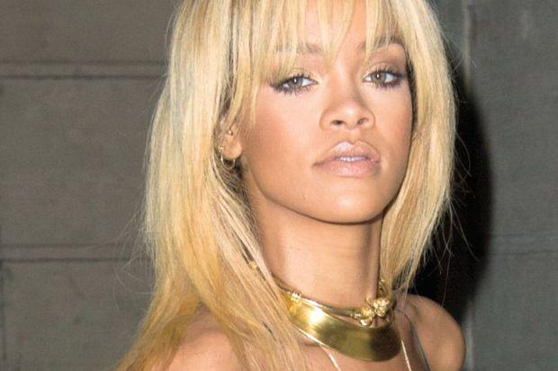 Rihanna'nın kadın aşkı!