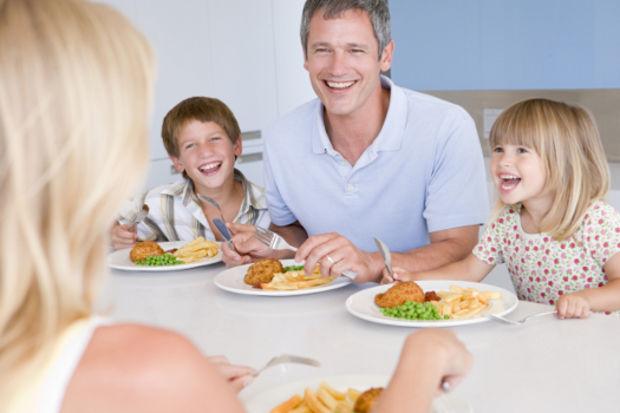 Akşam yemeklerini eğlenceli hale getirmenin 7 yolu!