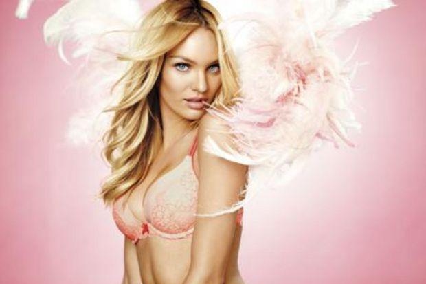Victoria's Secret bedava iç çamaşırı dağıtıyor!