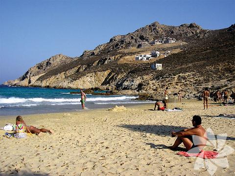 <p>Amos Plajı</p>