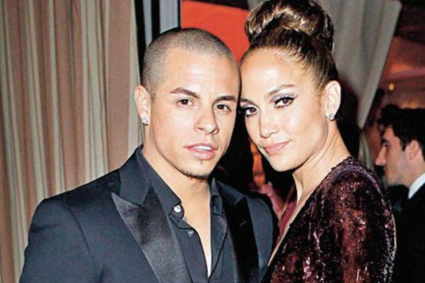 Jennifer ve Casper evliliğe göz kırpıyor!