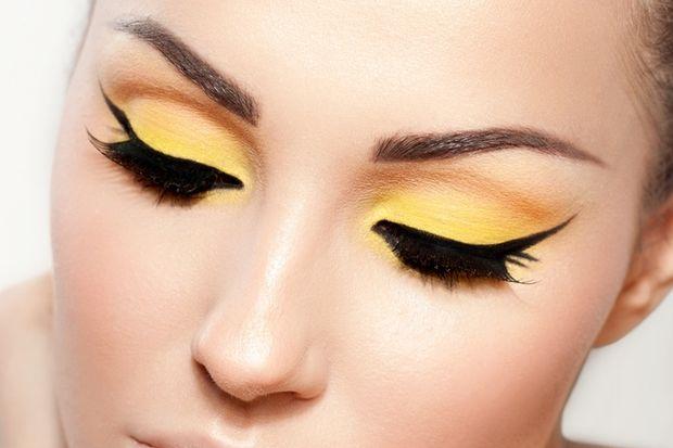 Kusursuz eyeliner uygulamak için bilmeniz gereken 7 ipucu!