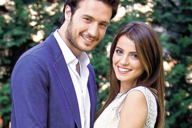 """Ezgi Eyüboğlu: """"Erkekler Selim'in romantik tavrını örnek almalı!"""""""