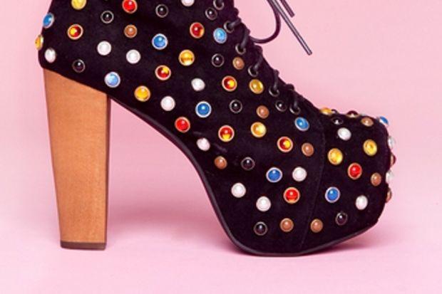 Limitleri zorlayan 11 ayakkabı modeli!