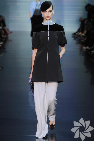 <p>Armani Privé 2012 Haute Couture Sonbahar Kış defilesi...</p>