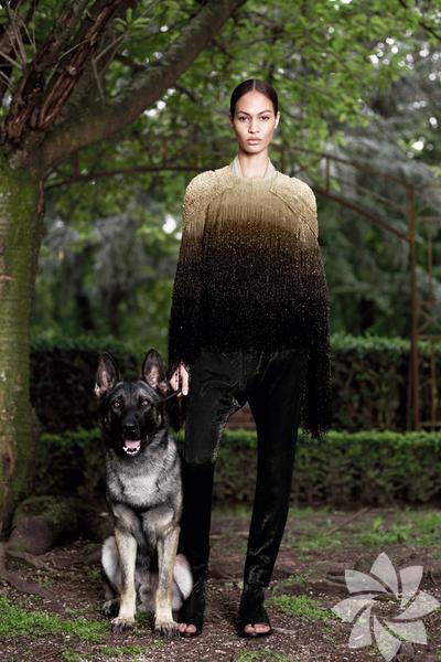 <p>Givenchy 2012 Haute Couture Sonbahar Kış defilesinden fotoğraflar...</p>