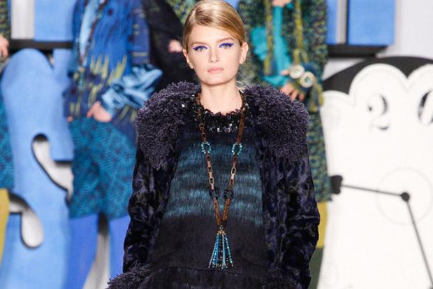 Anna Sui 2012 Sonbahar Kış koleksiyonu defilesi...