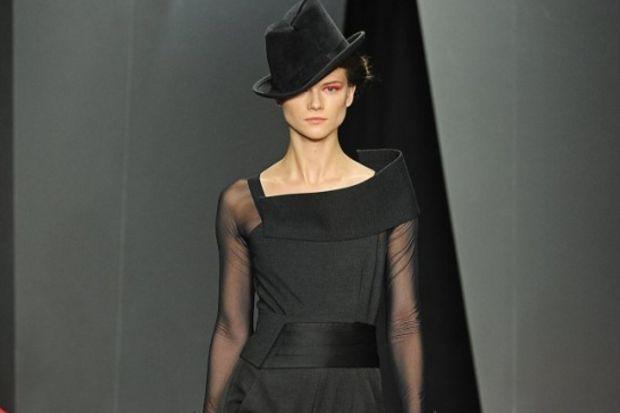 Donna Karan 2012 – 2013 Sonbahar / Kış koleksiyonu...