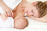 Bebeğinize anne sütü verirseniz daha sağlıklı büyür!