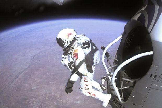 Uzaylılar Felix'i izledi mi?