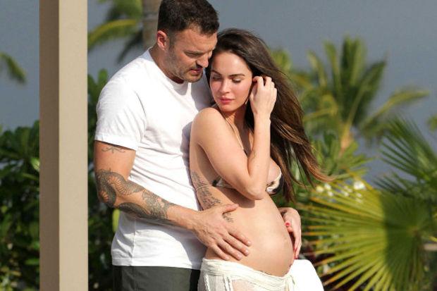 Megan Fox anne oldu!