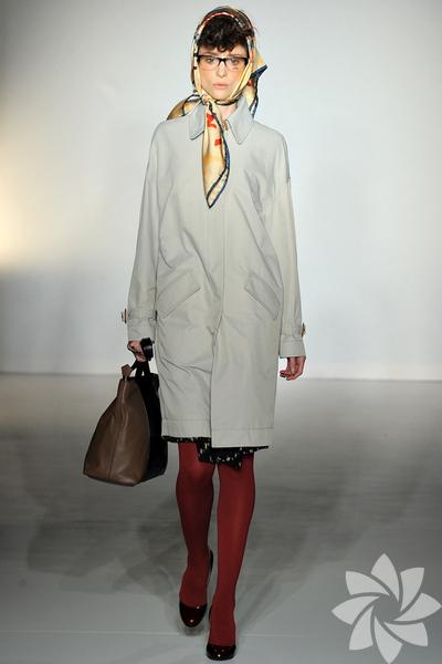Vivienne Westwood Red Label 2012 Sonbahar / Kış defilesinden kareler...
