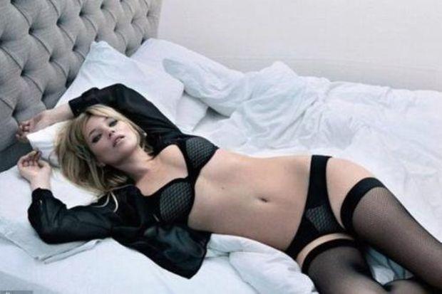 Kate Moss: En nefret ettiğim yer memelerim!