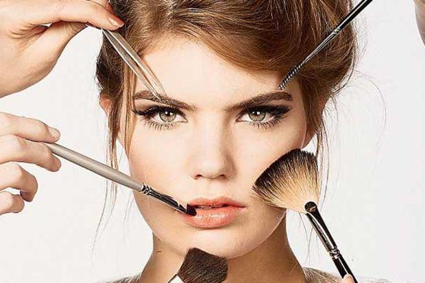 Yüz şekline uygun 4 güzellik önerisi!