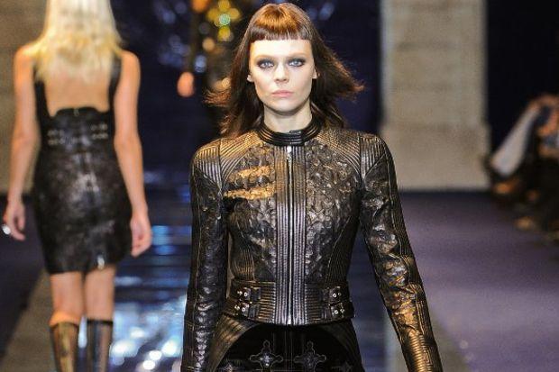 Versace 2012 Sonbahar / Kış defilesi...