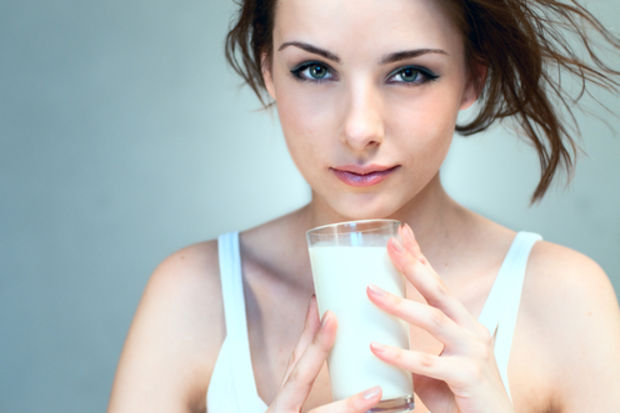 Günde iki bardak süt zayıflatıyor!
