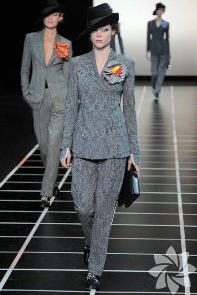 <p>Giorgio Armani 2012 Kış defilesinden kareler...</p>