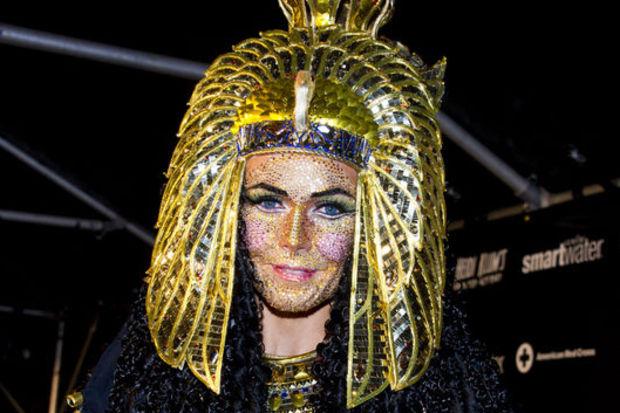 Kleopatra'dan kasırga mağdurlarına yardım!