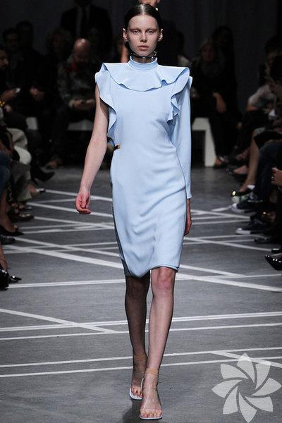 <p>Givenchy 2013 İlkbahar Koleksiyonu</p>