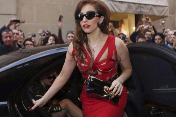 Lady Gaga: Yeni albüm için esrarı bıraktım!