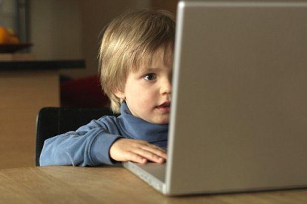 İlgisizlik gençleri internete itiyor!