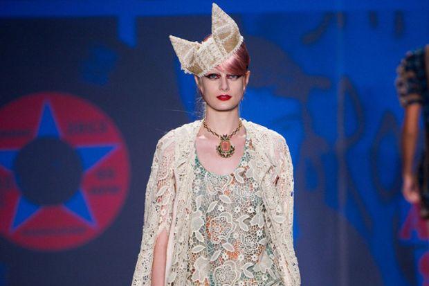 Anna Sui 2013 İlkbahar Yaz Koleksiyonu