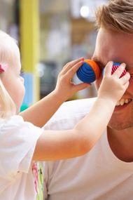 Bebeğinizin babası ile zaman geçirmesine izin verin!